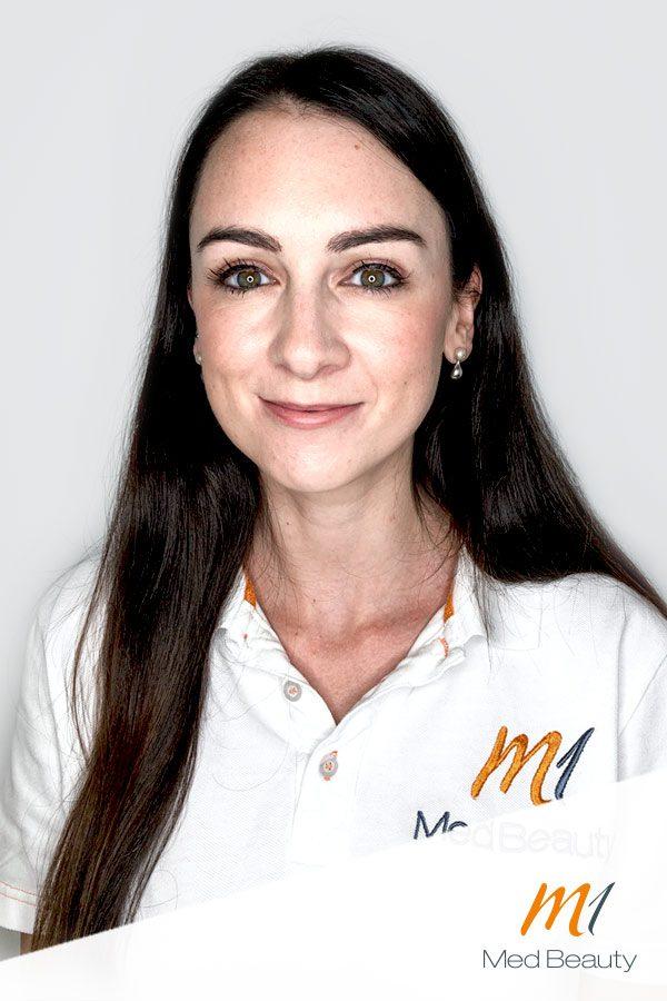 Dr Annika Hambilton, MBChB (Hons) BMedSci (Hons)