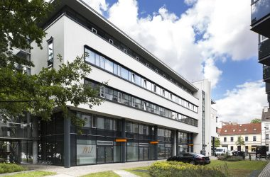 M1 Schlossklinik surgical clinic in Berlin exterior